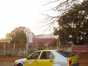 conakry_taxi (400x300)