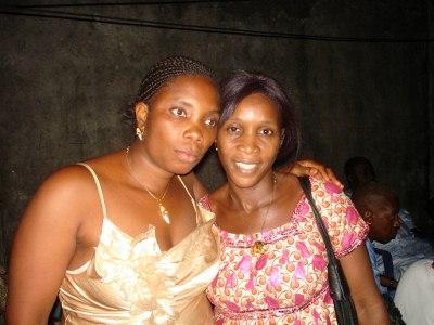 Nossa cozinheira Ianati e a secretaria Kalissa
